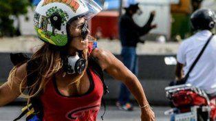 La Mujer Maravilla que lucha en Venezuela contra el gobierno de Maduro