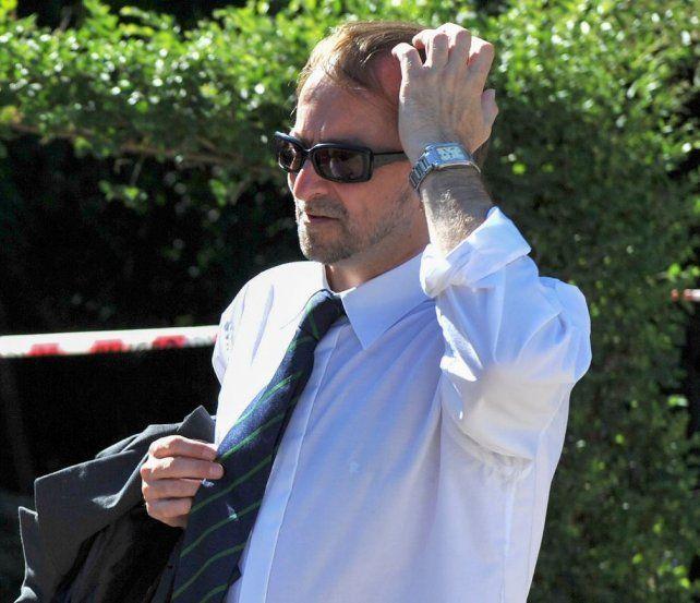 El fiscal Cartasegna fue dado de alta y una hipótesis es que lo atacó alguien del edificio