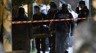 En la escena del crimen trabajaron esta mañana peritos de la Policía Científica.