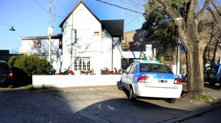 El fallecimiento ocurrió anoche en el interior de la comisaría 10ª.