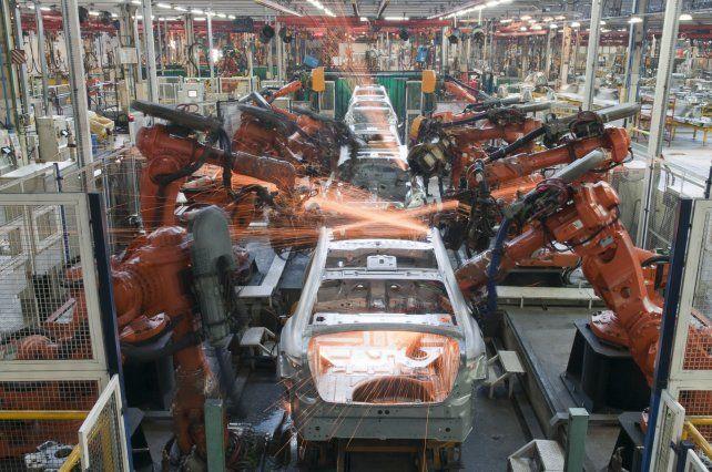 Estancada. La industria automotriz trabaja a menos del 50%.
