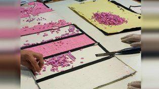 Agentes de la Afip sospecharon de un bolso y encontraron casi 12 mil pastillas de éxtasis.