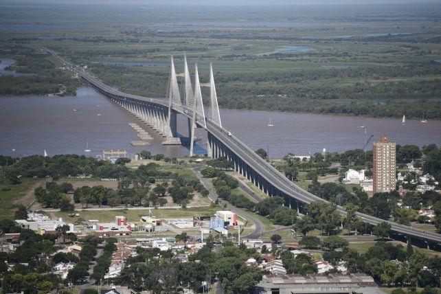 Gran predio. El parque de la cabecera del puente tiene 63 hectáreas en Baigorria y 11 en Rosario.