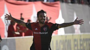 Una postal repetida. La imagen de Nacho gritando un gol ya es un clásico de los últimos tiempos. Tiene 74 goles en Newells.
