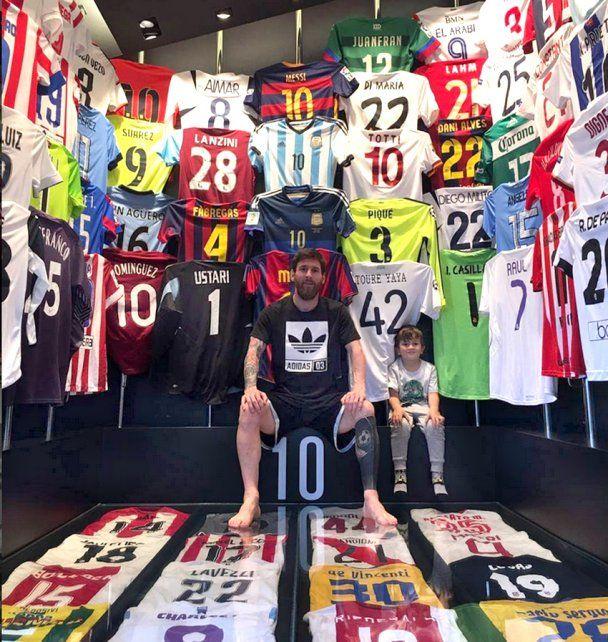 Messi| Conocé el museo que armó en su propia casa