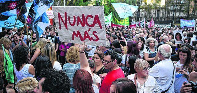 Una semana atrás. La Plaza 25 de Mayo fue epicentro del repudio inicial a la resolución de la Corte.