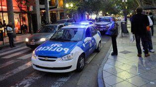La policía de civil que discutió con una joven en un cajero podría ser acusada de abuso de autoridad.