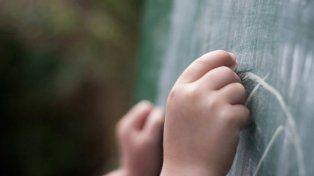 La Justicia autorizó a un docente a adoptar a uno de sus alumnos.