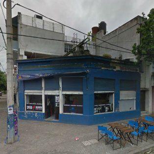 El bar de Catamarca y Cafferata donde se registró el incidente que motivó la detención de la joven herida en la comisaría 7ª.