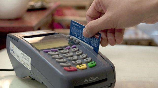 Lo imputan por estafas con tarjetas de crédito