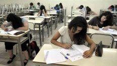 controversia por una profesora de ingles que se burlo de una alumna en facebook