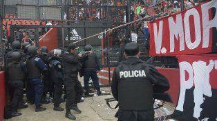 Se filtró un video que muestra la represión policial tras el clásico en el Coloso