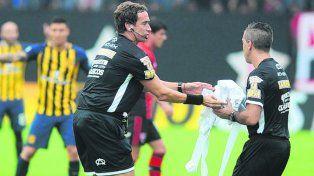En acción. Federico Beligoy quedó conforme con la actuación arbitral el domingo.