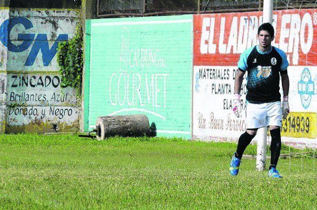 Al arco. Matías Giroldi fue confirmado por el DT charrúa en lugar del expulsado Romero.