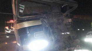 Así quedó uno de los vehículos más afectados por el terrible siniestro en ruta 18.
