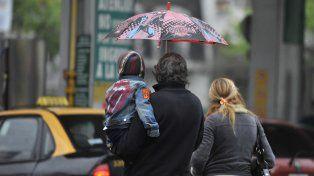 Lluvia y bajas temperaturas en el inicio del fin de semana.