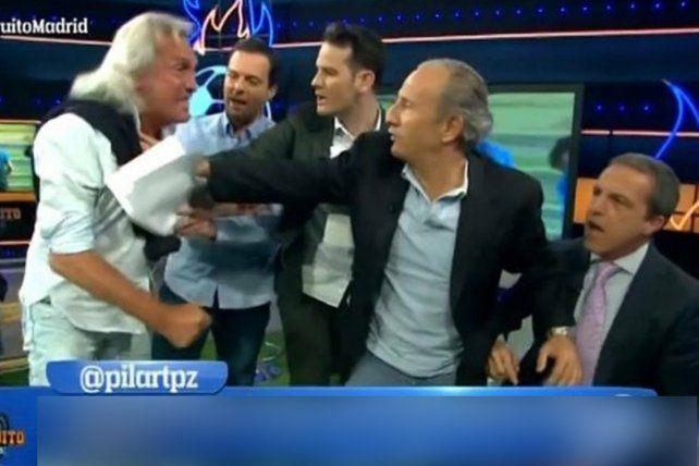 Gatti perdió la cabeza durante un debate en la televisión española y quiso agredir a un panelista.