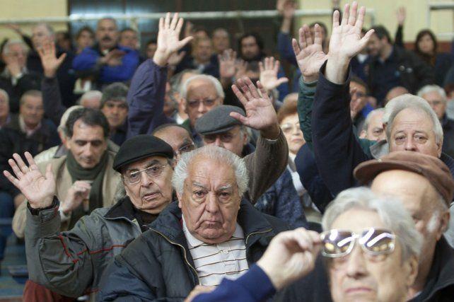 colectivo. El sector de los adultos mayores representa múltiples desafíos en pos del bienestar físico