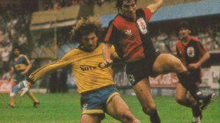 En la 10ª fecha del campeonato 1987/88 la Lepra ganó 5 a 1 con tres goles de Alfaro