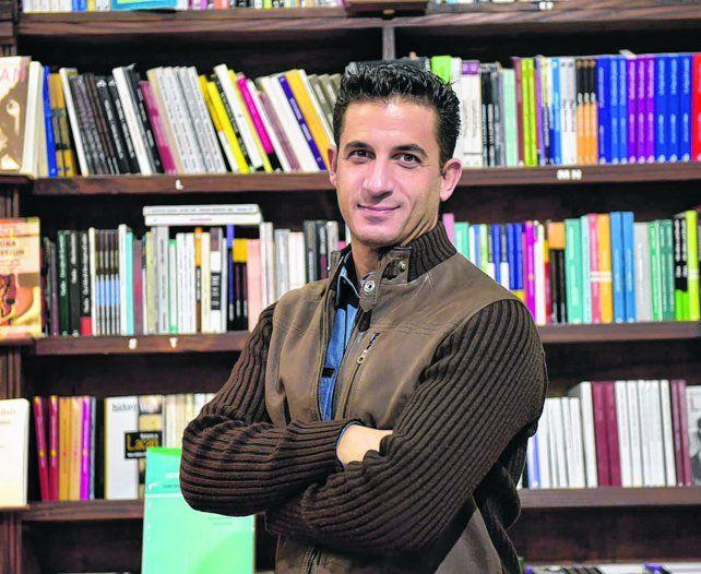 En la ciudad. Matías Tombolini presentó su último libro en la librería Homo Sapiens.