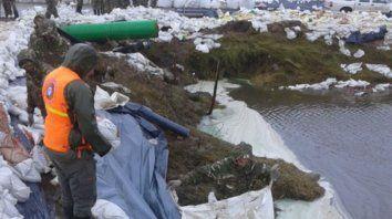 Desde la provincia aseguran que se desarrollaron numerosas acciones para mitigar el avance de la laguna.