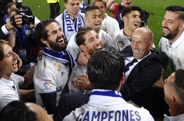 Zidane convertirse en el primer técnico en ganar dos Ligas de Campeones consecutivas con el mismo equipo.