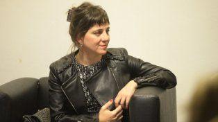 Mercedes D`Alessandro presentó el viernes pasado su primer libro en Rosario..
