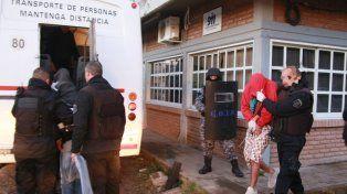 Más de 100 presos de comisarías fueron trasladados cárcel de Piñero