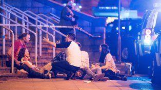 La Policía de Manchester confirmó 19 muertes y cincuenta heridos en el recital de Ariana Grande.