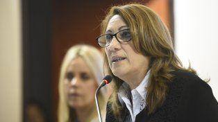 La intendenta busca que el Concejo apruebe el endeudamiento.