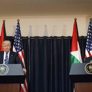 Trump hoy junto al presidente de la Autoridad Nacional Palestina.