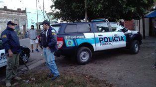 Efectivos de la Policía Federal, esta mañana, en Ayacucho al 4300.