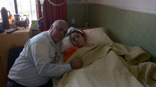 La historia clínica de Berenice tiene dos renglones y sin monitoreo de la operación