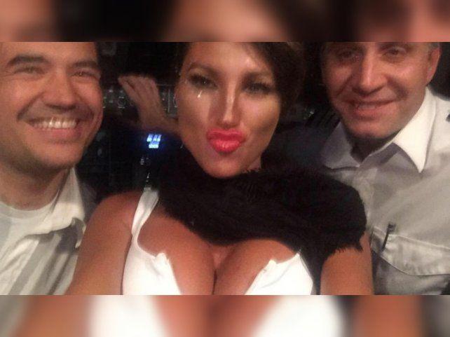 La vedete y los pilotos fueron procesados por poner en peligro la seguridad del vuelo Buenos Aires-Rosario