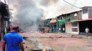furia popular. La casa natal de Chávez fue quemada en Barinas.