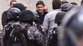 El ministro de Seguridad, Maximiliano Pullaro, durante el operativo de traslado de presos a la cárcel de Piñero.
