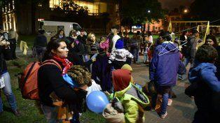La campaña Frío Cero en Rosario ayuda a las personas en situación de calle.