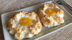 Los ya famosos huevos nube son fáciles, sanos y ricos.
