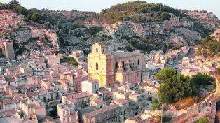 Scicli. La ciudad se levanta sobre tres valles a orillas del Mediterráneo.