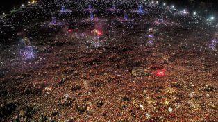 olavarría. Una multitud de más de 400 mil personas en la misa ricotera.