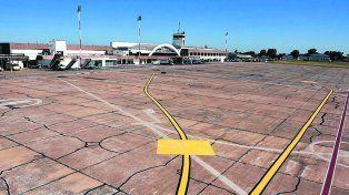 manos a la obra. El plan de rehabilitación abarca la pista y calle de rodaje.