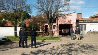 La vivienda donde fue hallado el cuerpo del profesor de matemáticas.