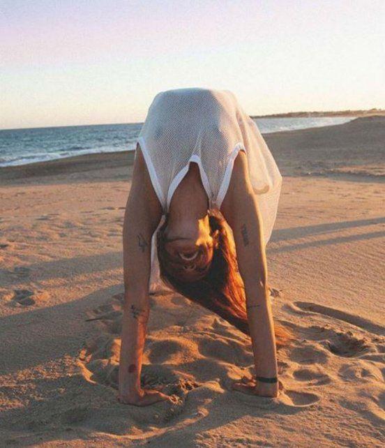 Calu Rivero se llevó todas las miradas en Cannes y coronó su paseo con un topless en la playa