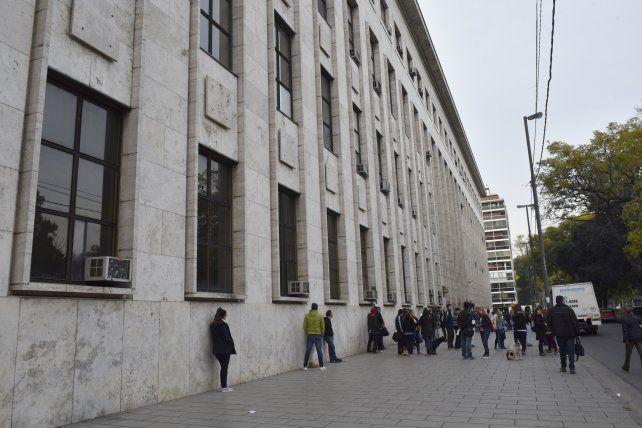 Los Tribunales provinciales.