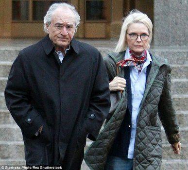 condenado. El actor y Michelle Pfeiffer protagonizan el filme sobre Madoff.