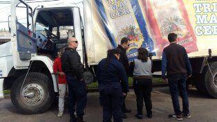 Un camionero se descompensó y causó una insólita situación en la zona sur.