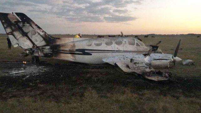 Tres personas resultaron heridas por el aterrizaje forzado de un avión de la Policía Federal.