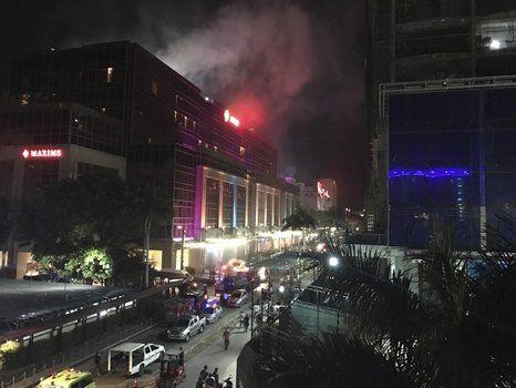 Pánico. El complejo hotelero sufrió el ataque de un hombre armado.