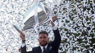 La orejona. Ramos es el primer capitán que levantó dos veces la Champions.