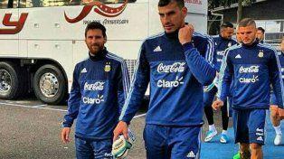 Messi arribó a Melbourne y llegó la foto más buscada junto a Icardi en la selección